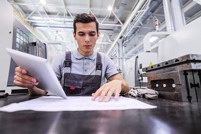 Jakie oprogramowanie dla firmy produkcyjnej wybrać?