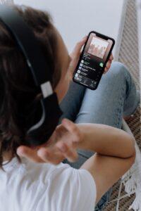 jak znaleźć się na playlistach Spotify